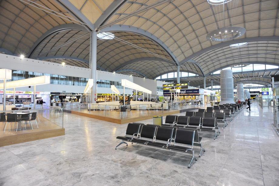 Nueva terminal aeropuerto BCN Испания Барселона